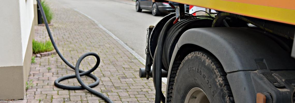 Fuel truck Tanklaster